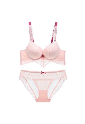 W.Excellence pink Premium Pink Lace Lingerie Set (Bra and Underwear) D29DFUSE374674GS_1