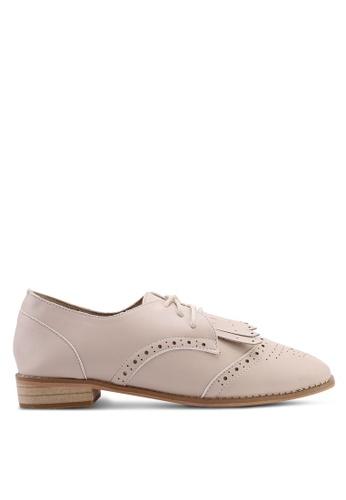 Twenty Eight Shoes 米褐色 經典流蘇牛津鞋 6457BSH565FE18GS_1