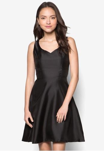 Chantelle 桃心領無袖連身裙zalora 手錶, 服飾, 洋裝