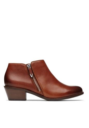 Vionic brown Jolene Boot 3BCFASHE5C94B9GS_1