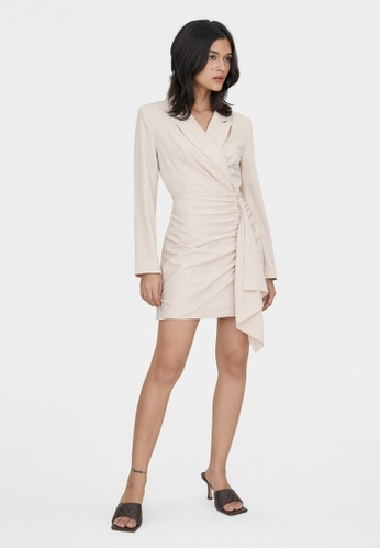 Pomelo beige Side Ruched Wrap Collared Dress - Cream CC91EAA6195031GS_1