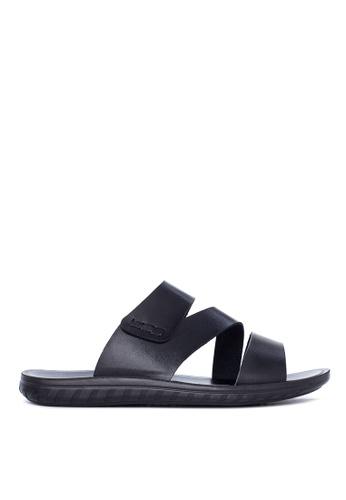 Italianos black Jon Sandals & Flip Flops IT153SH92GDBPH_1