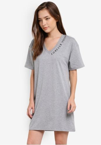Something Borrowed grey Graphic V-Neck Tee Dress 74844ZZB78ED8DGS_1