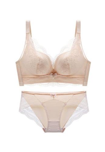 ZITIQUE beige Women's Latest Seamless Wireless Push Up Lace Lingerie Set (Bra And Underwear) - Beige ECF28USAD7159AGS_1