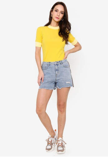 Hopeshow blue Frayed Cuff Denim Shorts with Side Stripe Embroidery 00C59AAAEA736DGS_1
