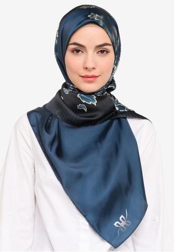 Hijabii 海軍藍色 Murni Square絲巾 in 海軍藍 0A90DACD7978AFGS_1