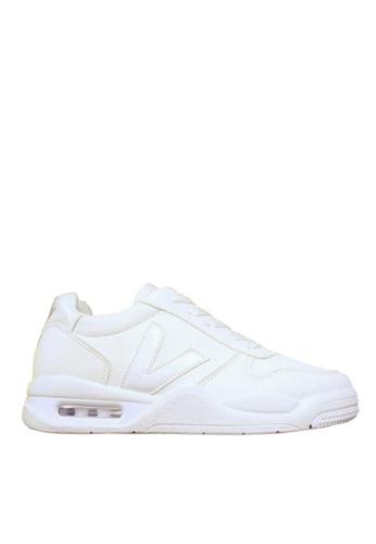 Twenty Eight Shoes white V Shaped Pattern Air Cushion Running Shoes VCN8807 0AE0ESH82E5D31GS_1