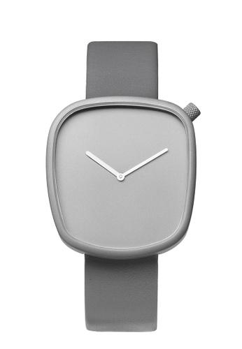Splice Cufflinks grey Bulbul Pebble Stone Grey Titanium Coated Steel on Grey Italian Leather SP744AC07UFSSG_1