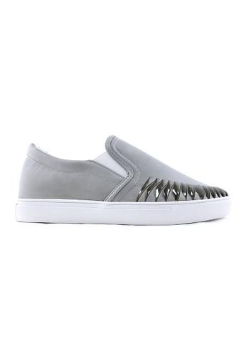 Te Chi-Chi black and grey Slips On Shoes TE125SH73REWMY_1