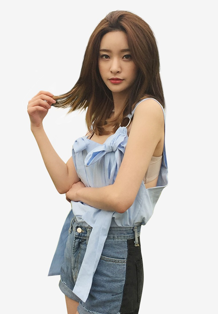 K Style Self-Tie Ribbon Accent Sleeveless Top