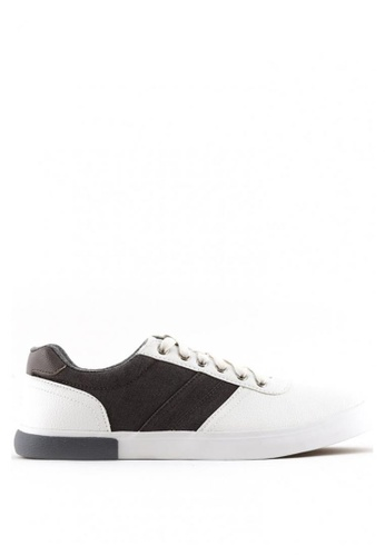 World Balance white Redfield MS Sneakers DFFFESH02D4268GS_1