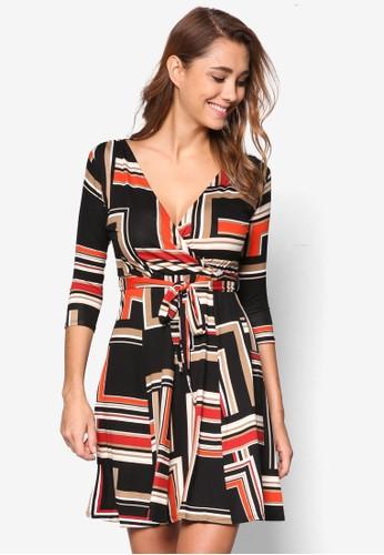 Petite 幾何印花裹飾V 領七分袖洋裝、 服飾、 洋裝WallisPetite幾何印花裹飾V領七分袖洋裝最新折價
