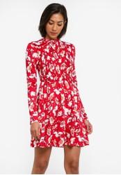 Miss Selfridge red Red Floral Print Sheered Tea Dress MI665AA0SABWMY_1