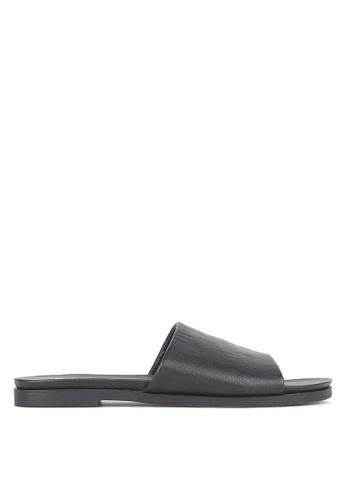 Betts black Peanut Slip-On Sandals F5F76SH66D2C6DGS_1