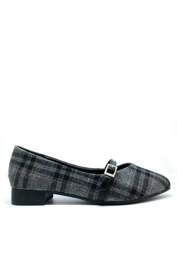 Twenty Eight Shoes 黑色 英倫格仔圖案尖頭平底鞋 426-5 65C66SHE34ABD8GS_1