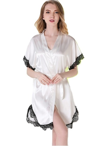 LYCKA white LYCKA-LCL1124 European Style Lady Sexy Lace Sleepwear and Gown  Two Pieces Set 7faf21eb6