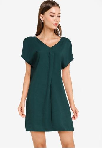 ZALORA WORK green V Neck Shift Dress FA0DEAA8C00F20GS_1