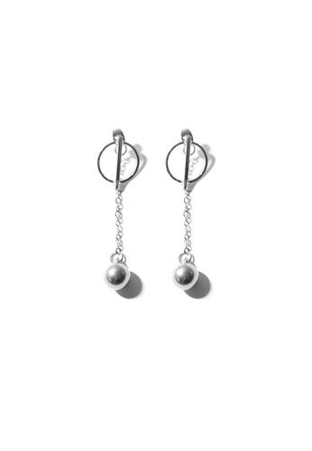 FAWNXFERN silver Elvira Chain Drop Earrings in Silver 72794ACB0B2168GS_1