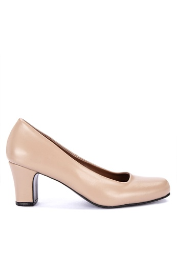 Janylin brown Mid Heeled Round Toe Court Shoes 065AFSHF7B249AGS_1