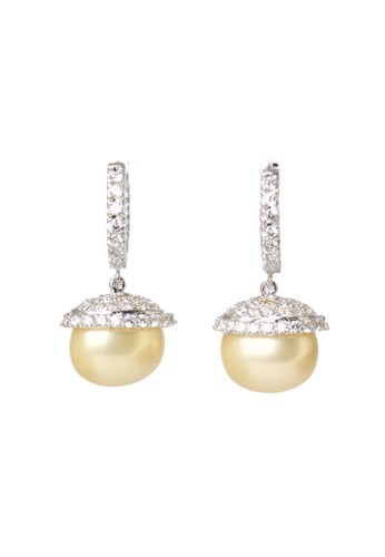 Celline Silver gold Shiny Gold Shell Pearl Earrings F180CACB9C38ADGS_1