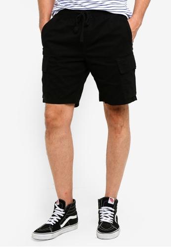 Cotton On 黑色 Cargo Shorts F0B1DAA3538555GS_1