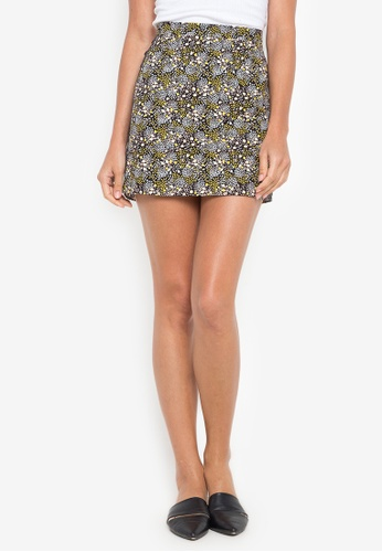fe2c297b858a Shop TOPSHOP Ditsy Floral Ring Side Mini Skirt Online on ZALORA ...