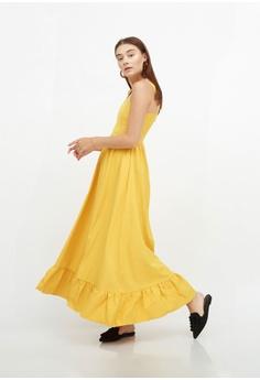 0c9dce0d312e5 QLOTHE Anna Ruffle Hem Maxi Dress S  59.00. Sizes XS S M L