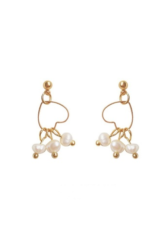 Atrireal beige and gold ATRIREAL - Gianna Tri-Pearl Interlocking Heart Pendant Drop Earrings 01AFCAC6426172GS_1