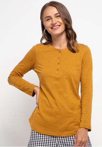 Expand yellow Jennar T-shirt FD459AA1CF4FE9GS_1