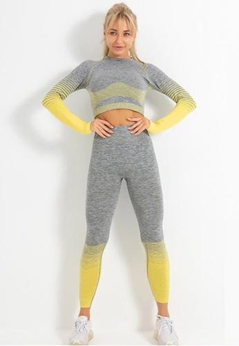 Twenty Eight Shoes yellow VANSA Pure Color Long-Sleeved Yoga Set  VPW-YTZ666 43D55AAE629272GS_1