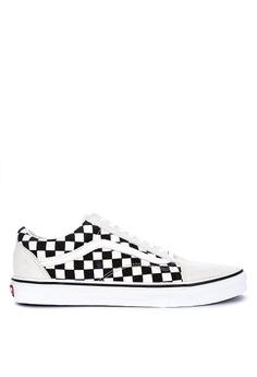 0d586e13b3 Vans white Checkerboard Old Skool Sneakers C4EF8SH59D72A4GS_1