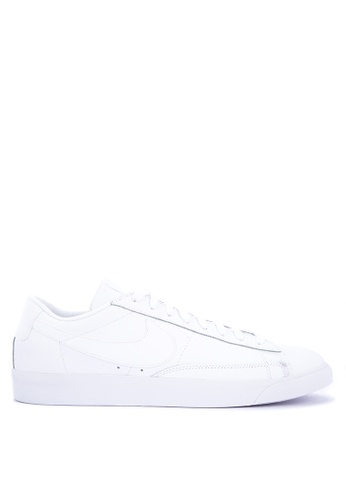 Nike white Mens Nike Blazer Low LE Shoes 886A2SH23E28B7GS1