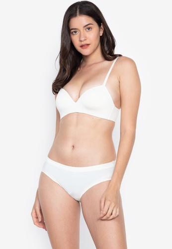 0105ebdb9ffe1 Shop Calvin Klein Women s Push Up Plunge Bra Online on ZALORA ...