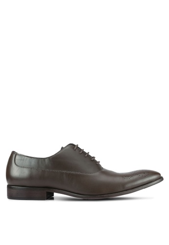 ZALORA brown Classic Faux Leather Oxford Shoes B0664AA5EEEA64GS_1