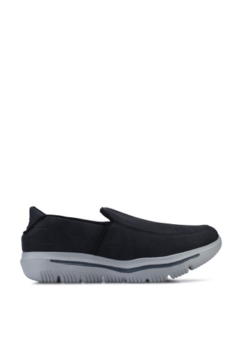 UniqTee 黑色 Lightweight Canvas Slip-On Sport Sneakers DACE1SHC063247GS_1