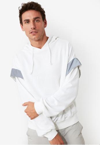 Trendyol white Reflective Detail Oversized Hoodie 4D0ECAA879B85AGS_1