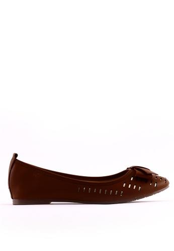 7soles brown Brooke Flat Shoes 6B1B3SHE152916GS_1