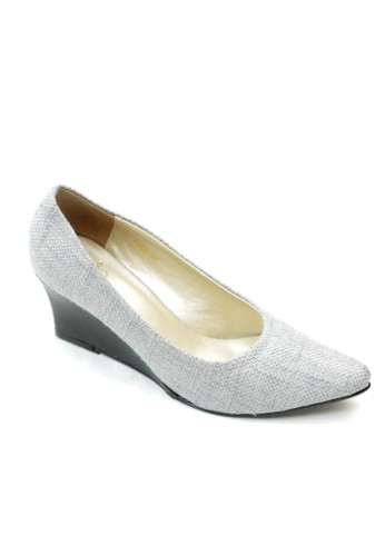 MIKA grey Leandra Grey Pointed Wedge Pumps MI737SH52WLVID_1