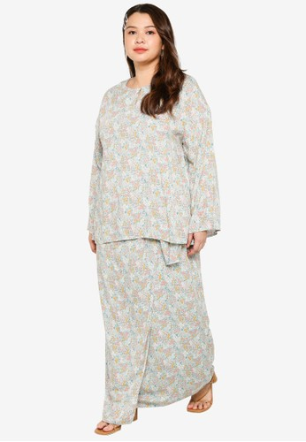 Lubna green Plus Size Keyhole Buttoned Kurung 653FBAABAA6F2AGS_1