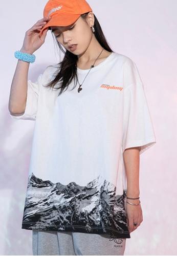 Twenty Eight Shoes white VANSA Unisex Printed Short-sleeved T-Shirt VCU-T1025 9A6E0AA8B09819GS_1