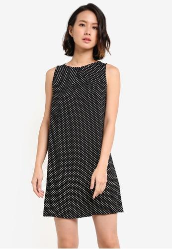 ZALORA black Essential Pleat Detail Sleeveless Shift Dress ABB2AAA26D1635GS_1