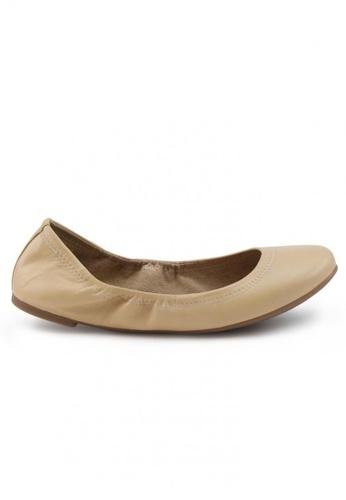 Shu Talk 米褐色 經典米色羊軟皮圓頭芭蕾平底鞋 SH544SH099UZTW_1