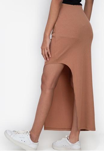 ZALORA BASICS brown Side Slit Maxi Rib Skirt D1ACAAA8CBB4E9GS_1