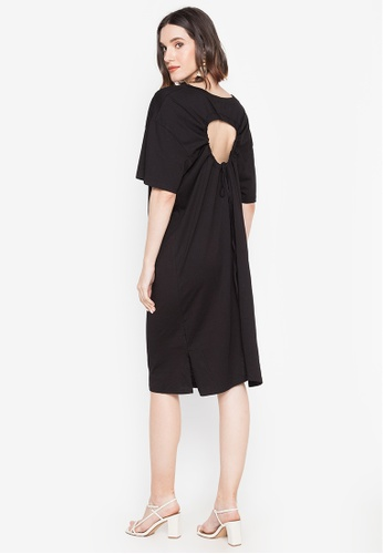 Spring Fling black Scoop Neck Shirt Dress with Ruched Cut-out Back DF7DCAAE398ECBGS_1