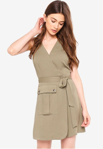 Something Borrowed green Belted Dress With Pocket Details 4FFE2AA86F60BEGS_1