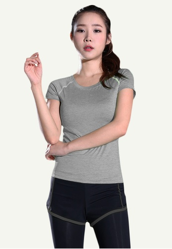 B-Code grey ZYG5148-Lady Quick Drying Running Fitness Yoga Sports Top and Leggings with Shorts-Grey 90B19AA3689F3EGS_1