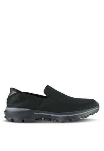 UniqTee black Lighweight Slip-On Sporty Sneakers UN097SH0RS44MY_1