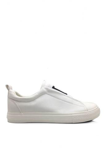 Twenty Eight Shoes white Elastic Slip-Ons Shoes VMC7086 0C89ASHBBDE88BGS_1