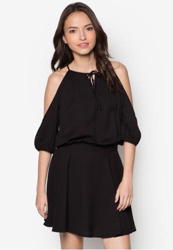 zalora是哪裡的牌子挖肩層次洋裝, 服飾, 洋裝