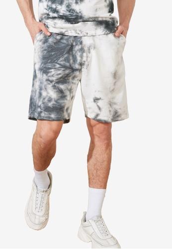 Trendyol multi Regular Fit Tie Dye Shorts 3D862AA04148C7GS_1